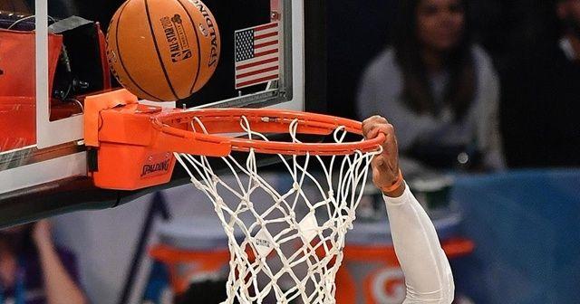 Westbrook'tan 20 asist, 20 ribauntluk performans