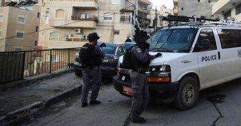 10 yaşındaki Filistinli çocuğa gözaltı