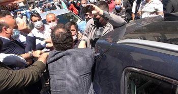 Akşener'in ziyaretinde yumruklu kavga
