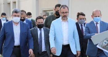 Bakan Kasapoğlu: Türkiye'nin en donanımlı spor lisesini Afyonkarahisar'a yapacağız