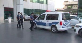 Hastanede kadın cinayeti: Çocuklarının gözü önünde öldürüldü