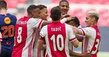 Hollanda liginde Emmen'i 4-0 yenen Ajax şampiyon oldu