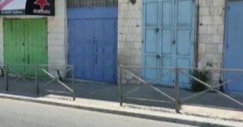 İsrail'i kınamak için kepenk indirdiler