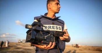 İsrail saldırısında AA kameramanı Muhammed Dahlan yaralandı
