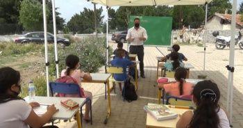 """Mahmut Hoca'nın """"Okul her yerdir"""" repliği gerçek oldu"""