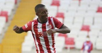 Sivasspor, Max Gradel'in sözleşmesini uzattı