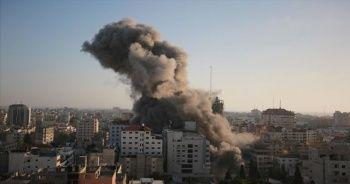 Son Dakika... İsrail bir binayı daha vurdu!