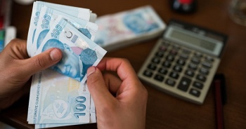 Sosyal yardım ödemeleri konutlarda teslim edilmeye başlandı