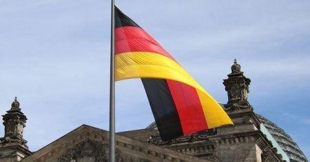 Almanya, İsrail'i kınayamadı!