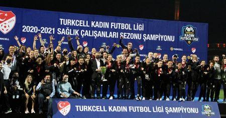 Kadınlar Ligi'nde şampiyon Beşiktaş!