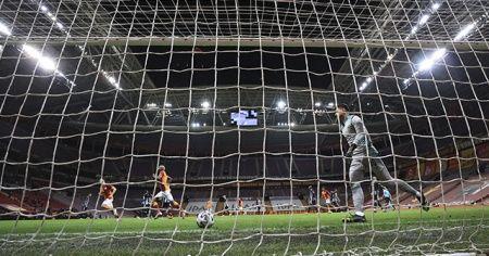 Son dakika: Galatasaray'dan lidere çelme