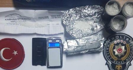 Uyuşturucu satıcısının yöntemi polisi bile şaşırttı