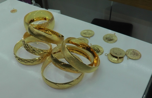 Altın fiyatı düşse de imitasyonu patlama yaptı