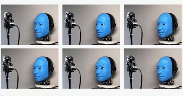 Bilim insanları robota gülümsemeyi öğretti