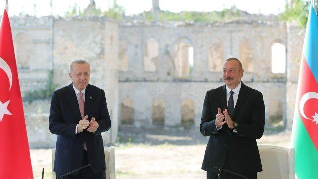 Erdoğan ve Aliyev 'iki devlet tek millet'i anlaşmayla perçinledi