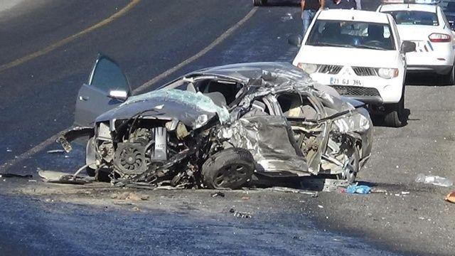 Diyarbakır'da feci kaza! 2 ölü 3 yaralı