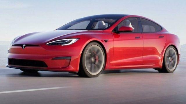 Elon Musk tanıttı: Tesla model S Plaid