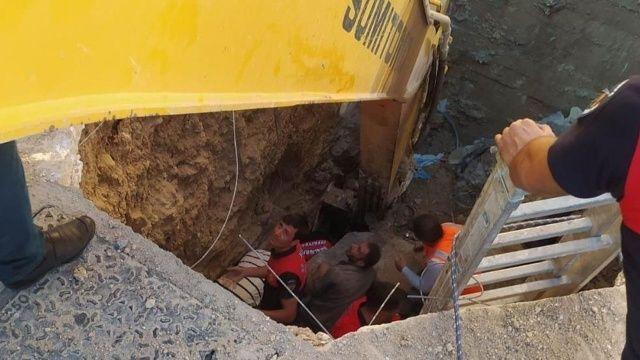 Hastane inşaatında toprak altında kalan işçiler yaralı kurtarıldı