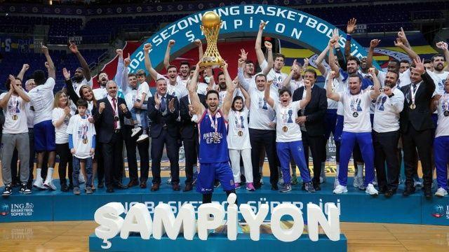 ING Basketbol Süper Ligi şampiyonu Anadolu Efes