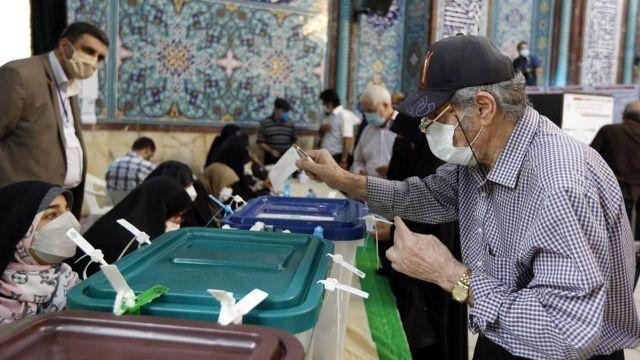 İran halkı Cumhurbaşkanlığı seçimlerinden umutlu