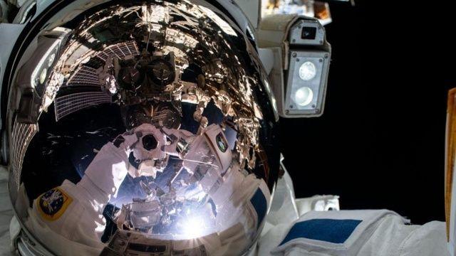 Uluslararası Uzay İstasyonu'nda uzay yürüyüşü
