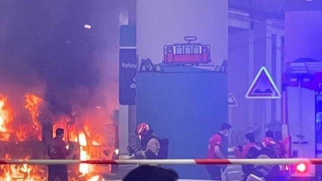 İstanbul Havalimanı'nda korkutan anlar: Araç alev alev yandı