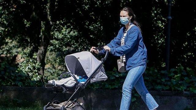 İtalya'da açık alanda maske zorunluluğu kalkıyor