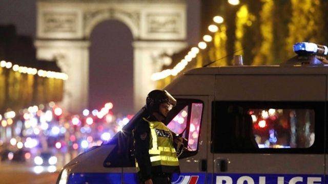 Paris'te koronavirüs partisine gazlı müdahale