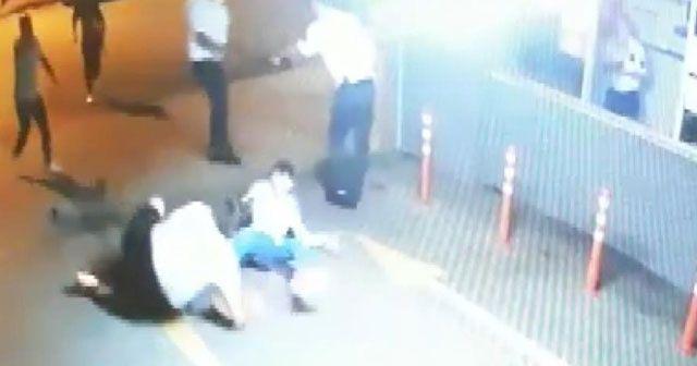 Polisi bıçaklayan şahıs hakkında müebbet hapis istemi