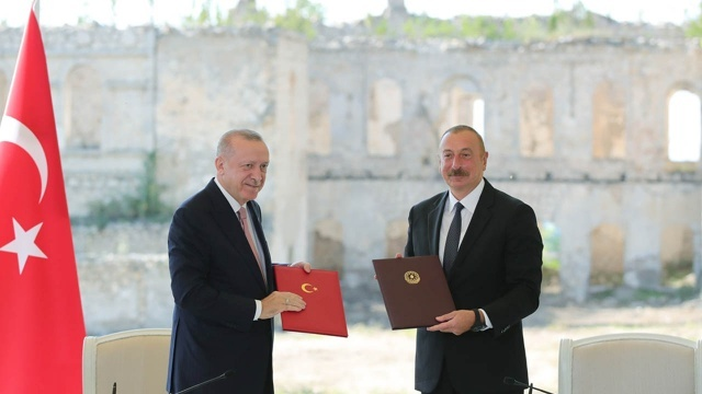 Rusya'dan dikkat çeken Türkiye açıklaması: Azerbaycan'da üs kurarsa, adım atarız