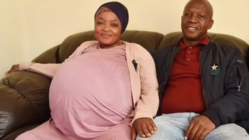 10 bebek doğurarak dünya rekoru kırdı