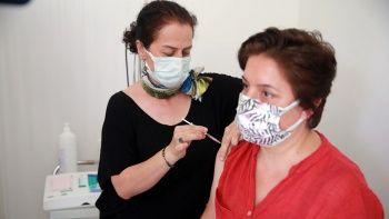 Aile hekimleri BioNTech aşısı yapmaya başladı