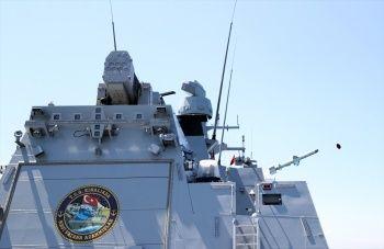 Bakan Varank paylaştı: Atmaca'nın vurduğu gemi bu hale geldi