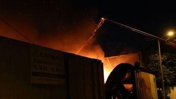 Başkentte geri dönüşüm tesisinde yangın çıktı