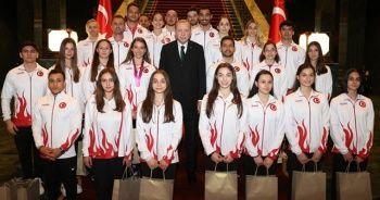 Cumhurbaşkanı Erdoğan'dan madalya kazanan cimnastikçilere destek paylaşımı