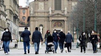 Delta'ya rağmen İtalya'da maske zorunluluğu kalktı