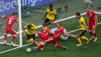 İsveç ve İspanya son 16 turuna kaldı