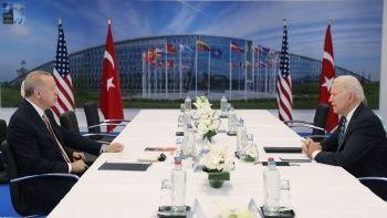 Erdoğan-Biden görüşmesinde kitap detayı