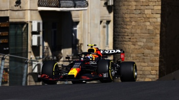 Formula 1 Azerbaycan GP'sinde kazanan Perez