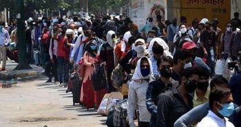 Hindistan'da koronavirüs bilançosu artıyor