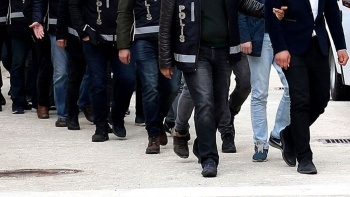 İstanbul'da FETÖ operasyonu! Çok sayıda gözaltı var