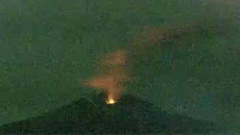 Japonya'daki yanardağ harekete geçti patlama meydana geldi