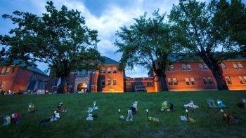 Kanada'daki St. Eugene Misyon Okulu yakınında 182 yeni isimsiz mezar tespit edildi
