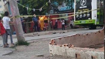 Kocaeli'nde feci kaza! Çocuk halk otobüsünün altında can verdi