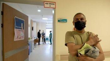 Kovid aşısında yeni aşama: SGK'ya kayıtlı çalışanların aşılanması başladı