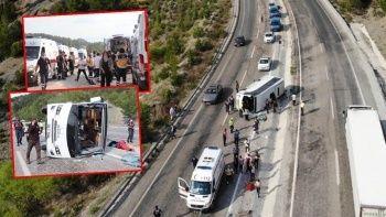 Lösemili öğrencileri taşıyan araç devrildi: 25 yaralı