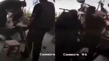 Maganda engellileri tüple dövdü kameraya yakalandı