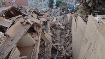 Sarıyer'de 9 katlı bina çöktü: Son hali gün ağarınca ortaya çıktı