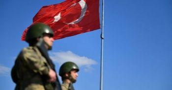 Yunanistan'a geçmeye çalışan 2 terörist yakalandı