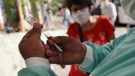 Flaş yaptırım: Aşı olmayanların telefonu kapanacak